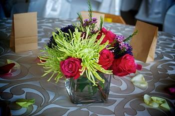 st paul minneapolis wedding flowers centerpiece purple green rose
