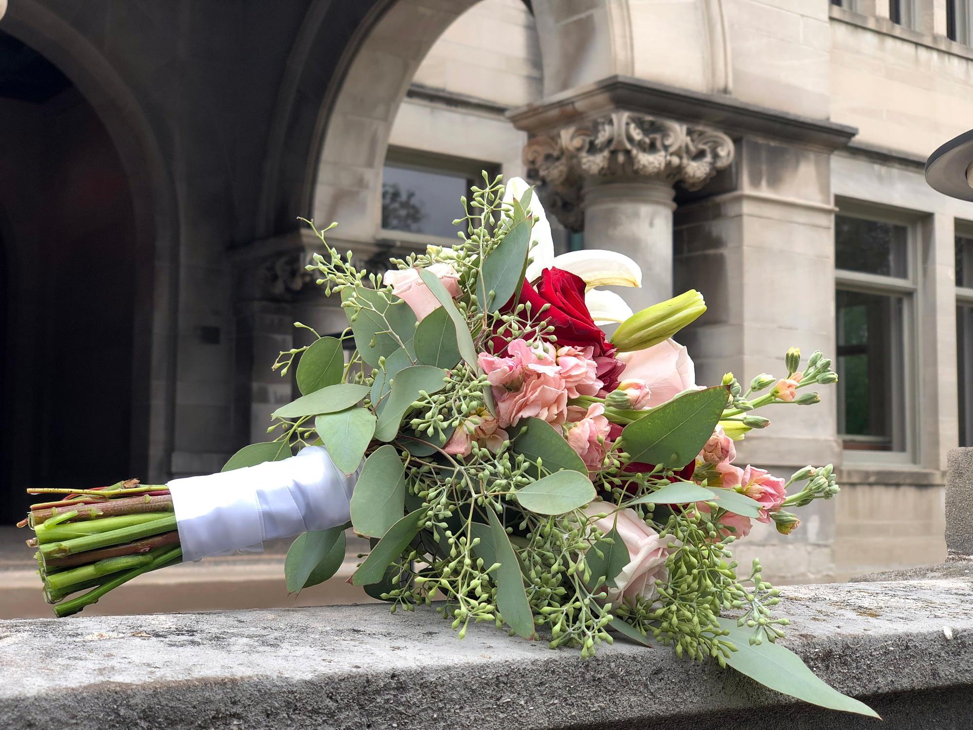 american swedish institute minneapolis wedding flowers bridal bouquet