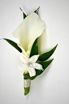 grooms-boutonniere-white-calla-minneapolis-st-paul