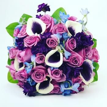 Picasso-Callas-wedding-florist-minnesota-bridal-bouquet-roses