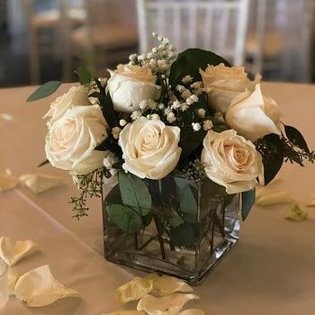wedding centerpiece minnesota roses water