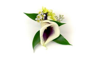 wedding-boutonniere-minneapolis-calla-lily-greenery