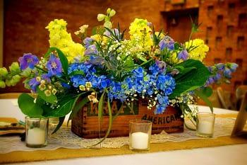 st paul minneapolis wedding flowers centerpiece flea market