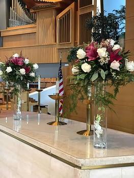 Woodbury-Lutheran-Church-wedding-flowers