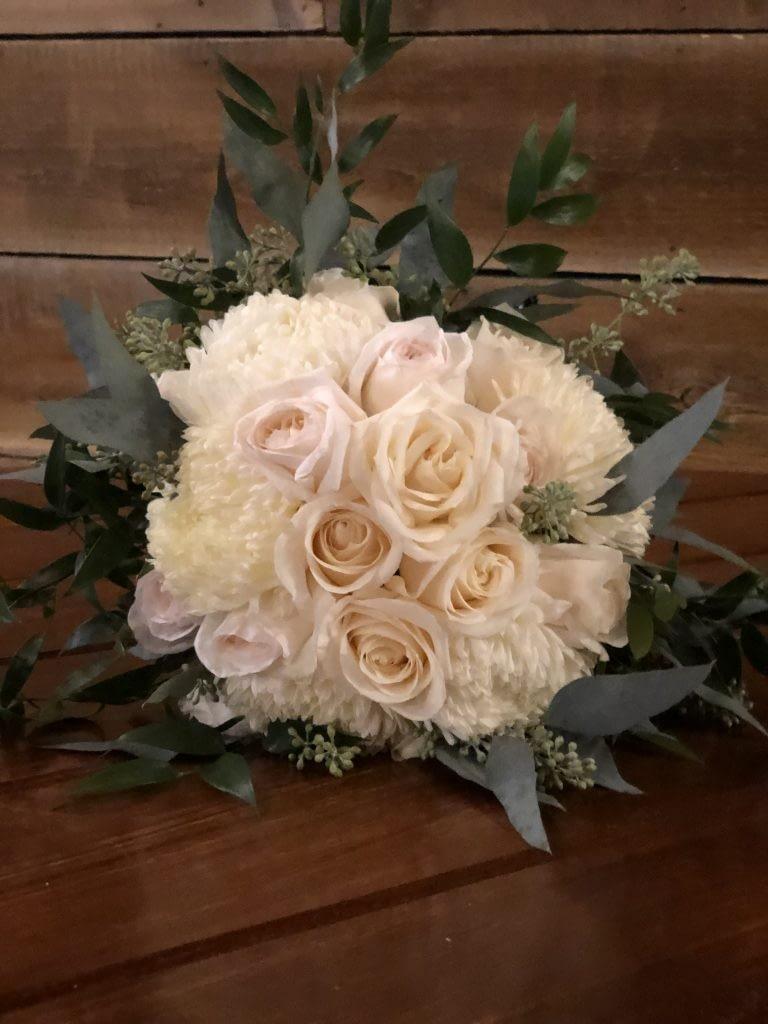 john furber farm cottage grove bridesmaid bouquet