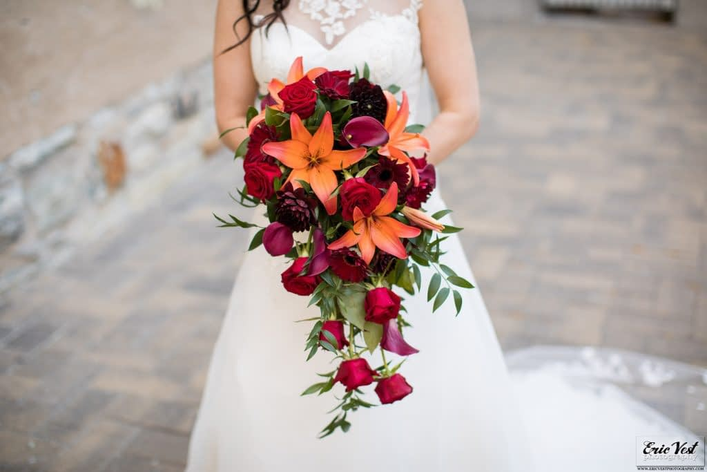 minneapolis event center autumn wedding bouquet lilies