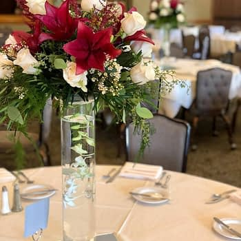 rst paul minneapolis wedding flowers centerpiece roses lillies