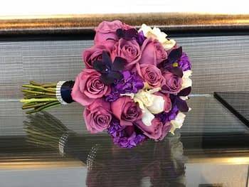 purple-rose-bouquet-minnesota-minneapolis