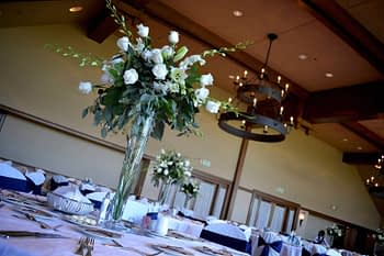minneapolis wedding flowers centerpiece statement inspiration