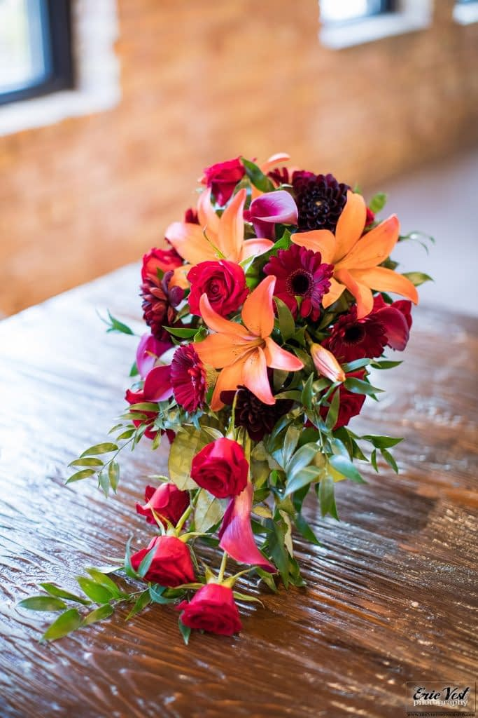 minneapolis event center autumn wedding flowers