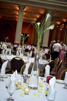 st paul minneapolis wedding flowers centerpiece calla lily