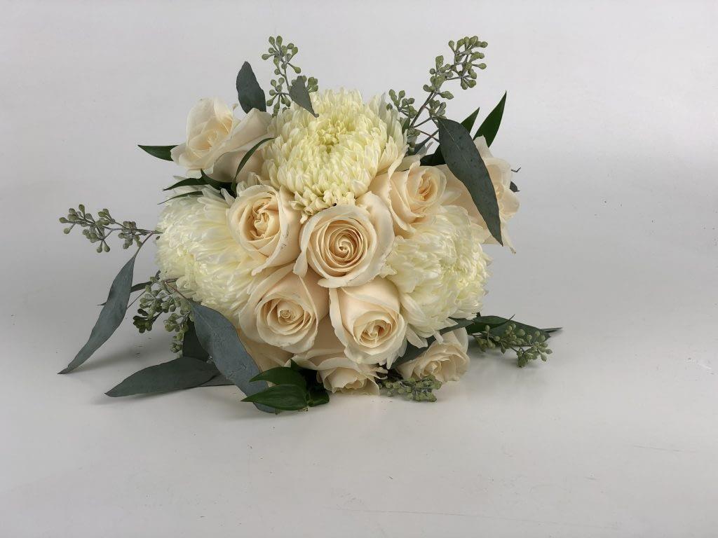 john furber farm cottage grove wedding floral