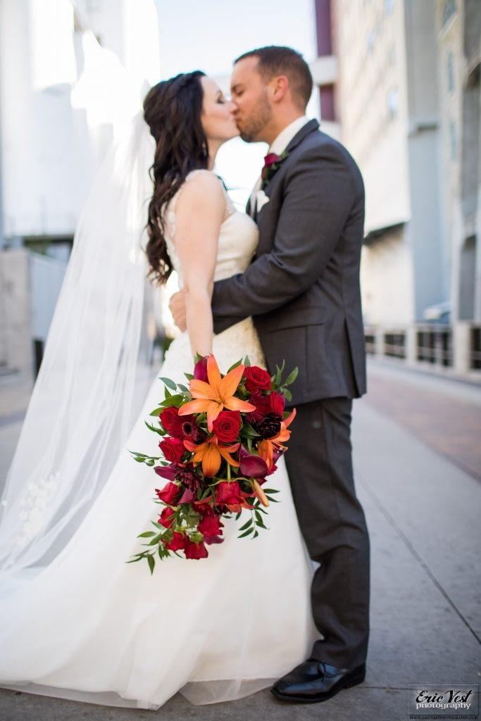 minneapolis event center autumn wedding bouquet
