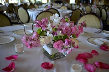 st paul minneapolis wedding flowers centerpiece roses art
